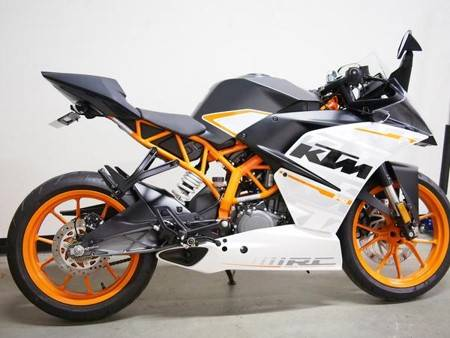 Photo 2015 KTM RC390 - $3,700 (Frederick, MD)