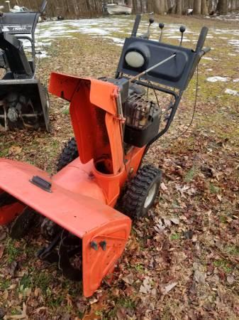 Photo Ariens snow blower - $600 (Monrovia)