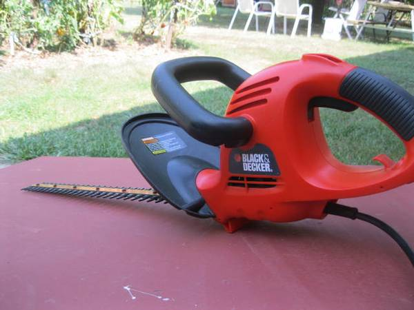 Photo Black and Decker trimmer - $15 (thurmont md)