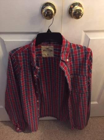 Photo Boys Hollister Plaid Dress Shirts Medium Like New - $15 (Urbana)