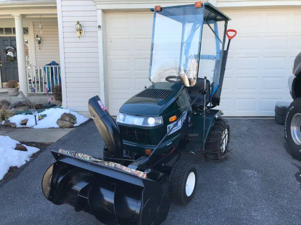 Photo Craftsman Heavy Duty Tractor And 36 Snow Blower - $1900 (Frederick md)