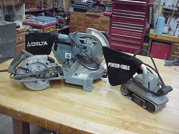 Photo Delta 10quot Miter Saw, Porter Cable Belt Sander, Circular saw - $120