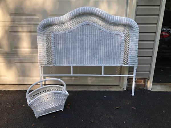Photo Pier One Wicker Headboard and Magazine Rack - Like New - $30 (Mount Airy)