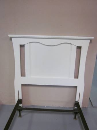 Photo White twin size headboard with bolt on bed frame - $125 (Hagerstown)
