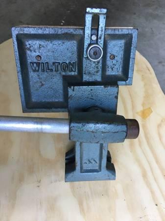Photo Wilton vise - $149 (New Market Md)