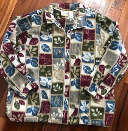 Photo Womens Size 2X Alfred Dunner Heavy Fleece Leaves Print Jacket - $5 (Frederick)