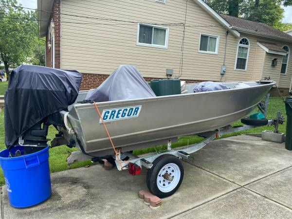 Photo gregor boat for trade or cash deal - $2,000 (Arlington)