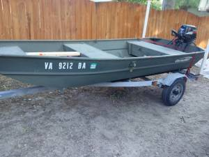 Photo 12 ft jon boat and trailer with 2007 9.9 motor - $2,500