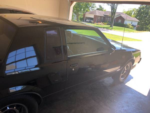 Photo 1987 Buick Grand National - $20,000 (FORT BELVOIR)