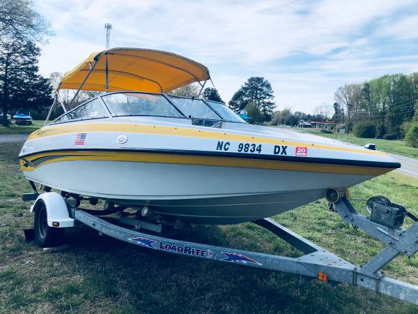 Photo 2005 Crownline open bow boat - $17,000 (Lake Anna)