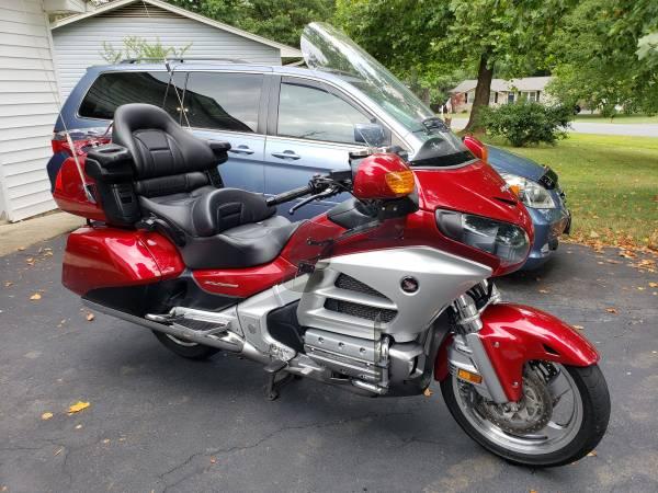 Photo 2012 Honda Goldwing Airbag - $10,999 (North Stafford)