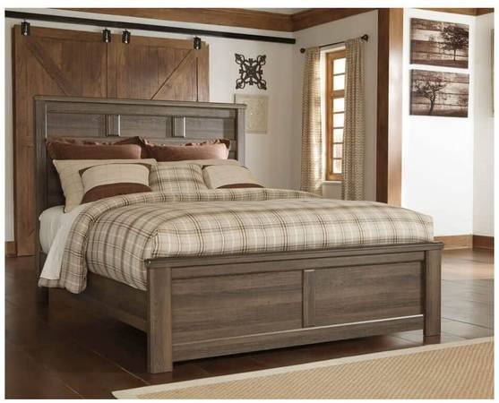 Photo Ashley Furniture Signature Design - Juararo Vintage Casual Panel Bedse - $150 (Warrenton)