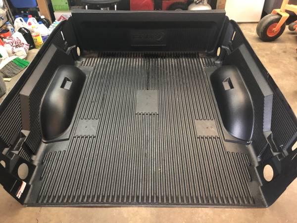 Photo Bed liner 6.4 Dodge Ram - $100 (Stafford. VA)
