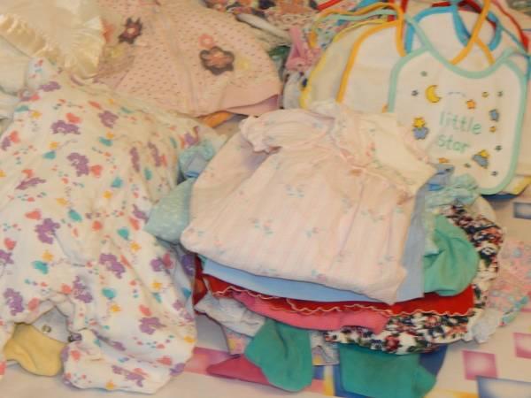 Photo Clean stain free excellent clothes 4 baby girl toddler 200 plus - $150 (Spotsylvania)