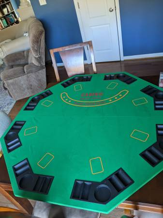 Photo Complete Poker Set with table top cover - $40 (Fredericksburg)