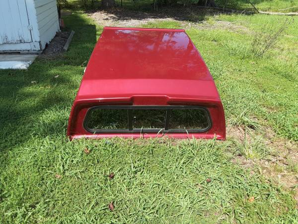 Photo Ford Ranger Used Truck Bed Cap - $350 (Colonial Beach)