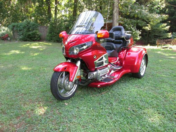 Photo HONDA GOLDWING GL1800 W CSC VIPER TRIKE KIT CONVERSION - $28,500 (ROME,GA)