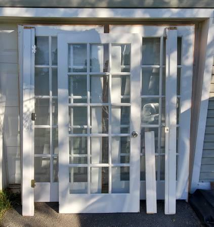 Photo Interior Door - Door plus 2 panels - $350 (Fredericksburg)