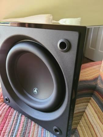 Photo Jl audio d110 home subwoofer - $650 (Fredericksburg)