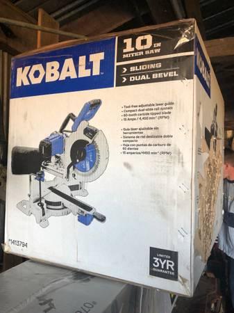 Photo Kobalt 10 dual bevel sliding miter saw  stand - $400 (Mitchells)
