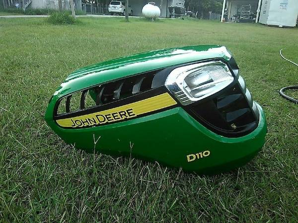 Photo Need a John Deere hood for D and E 100 series riding lawn mowers - $1 (Falmouth)