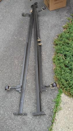 Photo Queen Full Twin size bed rails - $30 (Fredericksburg)