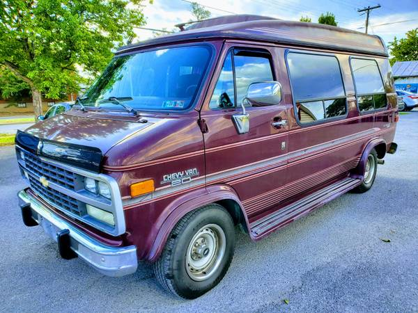 Photo RARE TO FIND 1995 CHEVY G20 VANEXCELLENT CONDITION - $5990 (ROYAL PIKE MOTORS)
