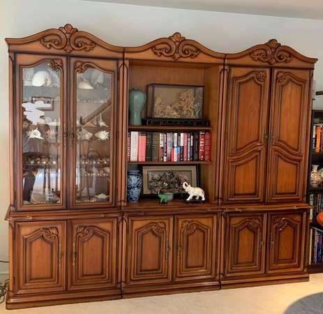 Photo Wall Unit - solid Teak glass doors, lights, drawers - $450 (Fredericksburg)