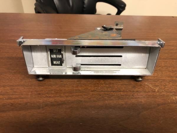 Photo 1967-1972 Chevy C10 C20 C30 Blazer Suburban GMC Heater Controller - $35 (Fresno CA)