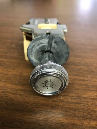 Photo 1973-1991 Chevy Squarebody C10 C20 C30 Blazer GMC Headlight Switch - $25 (Fresno CA)