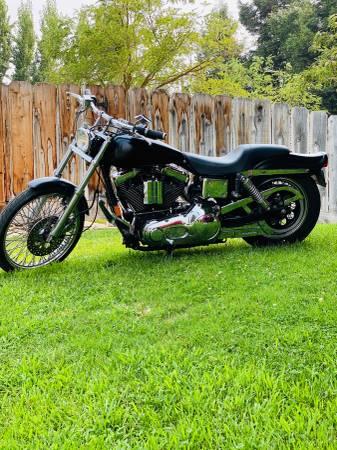 Photo 1993 Harley Davidson FXDWG anniversary edition - $5,300 (Madera)