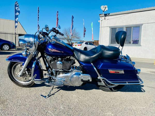 Photo 2007 HARLEY DAVIDSON FLHR  ROAD KING  MANY EXTRAS  MU$T $EE  $LE - $6,999 (KARS R US MODESTO)