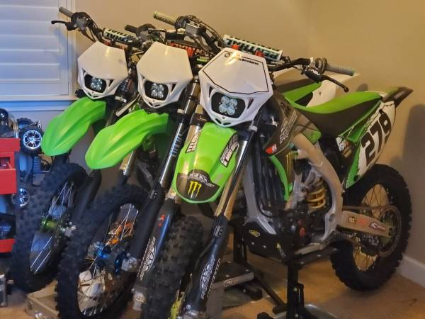 Photo 2010, 2011, and 2013 Kawasaki Kx450f - $1 (Visalia)