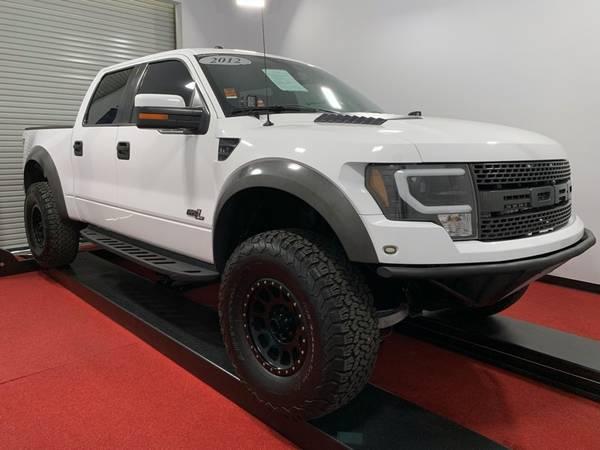 Photo 2014 Ford Raptor - $43,000 (16020 FOOTHILL Blvd. Fontana)