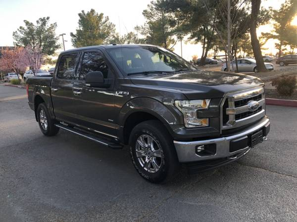 Photo 2017 Ford F150 4x4 EcoBoost leather 35k miles back-up cam - $22900