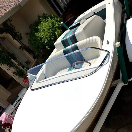 Photo 3,000.00 PRICE REDUCTION get it, 17 Ski Boat With Rare Chevy Engine - $15,995 (Sacramento)