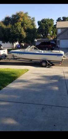 Photo 85 galaxie runabout boat - $3,500