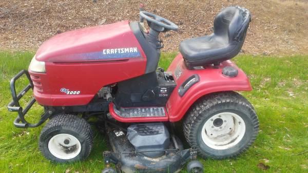 Photo Craftsman GT 5000 22 horsepower engine 58 inch cut - $700 (Madera)