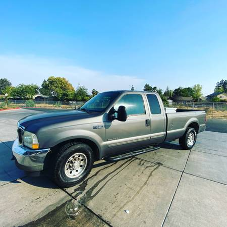 Photo FORD 7.3 DIESEL - $9,500