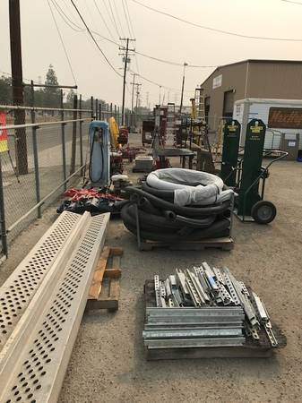 Photo Going Out of Business Sale - Plumbing Tools  Materials for Sale. (Fresno)