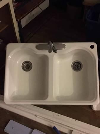 Photo Kohler Double Cast Iron Kitchen Sink Top Mount White - $149 (Fresno)