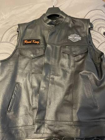 Photo Mens Harley Vest - $100 (Woodward)