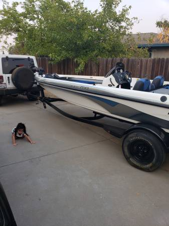Photo Nitro Bass Boat 2005 SUPER CLEAN - $13,500 (Madera)