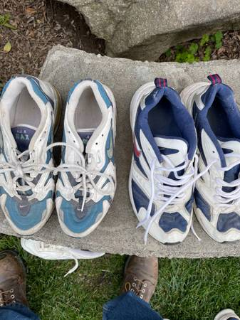 Photo Two pairs womens tennis shoes. Nike. One pair is Air Max and other - $10 (Fresno)