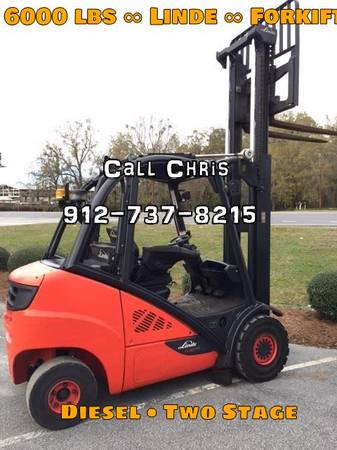 Photo 2014 Linde Forklift Pneumatic Tire 4 Wheel Sit Down Two Stage (Atlanta)