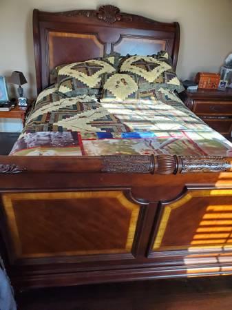 Photo 3 pc Bedroom set Queen - $300 (Lineville)