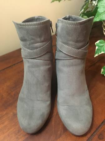 Photo Ankle Boots - Madden Girl - 7.5M - $20 (Kennesaw)