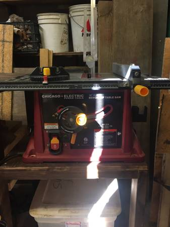 Photo Chicago Electric 10 inch Table Saw  2 Extra 10 inch Saw Blades - $115 (Boaz)