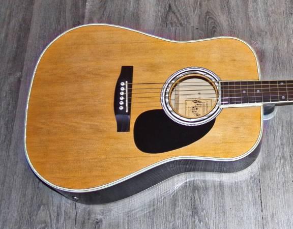 Photo Esteban American Legacy Model  Al-100 Acoustic Guitar - $175 (Ohatchee)