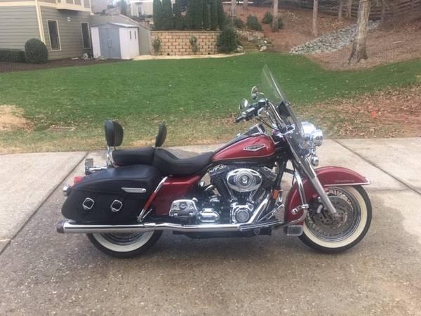 Photo Harley Davidson Road King Classic 2007 - $6,500 (Canton)